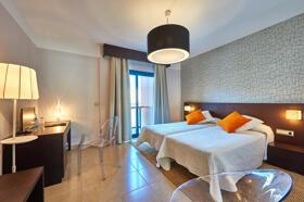 """Foto de una habitación de """"Hotel Benahoare"""""""