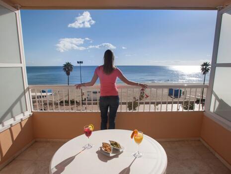 Foto del exterior de Apartamentos La Jabega