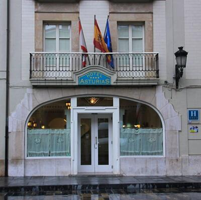 Foto del exterior de Hotel Asturias