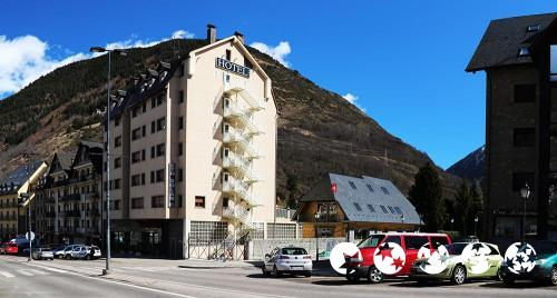 Außenansicht - Hotel Eth Solan