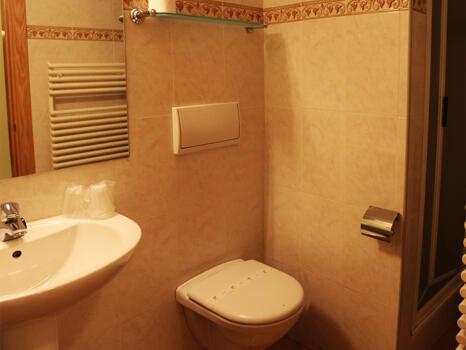 Foto del bagno Apartamentos Glaç Soldeu 3000