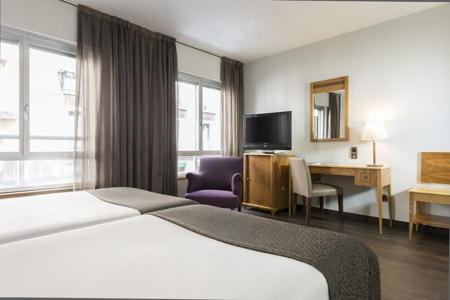 Hotel exe el coloso madrid - Exe central madrid ...