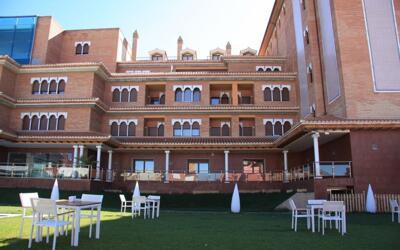 Foto del exterior de Hotel Granada Palace