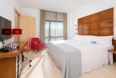 Room – Hotel Zentral Ave