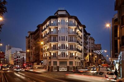 Außenansicht - Hotel Avenida