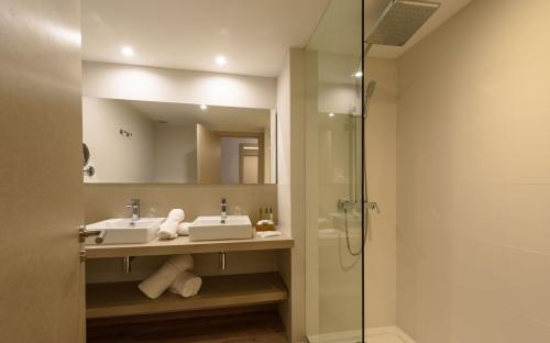 Foto del baño de Hotel Rd Mar De Portals - Adults Only