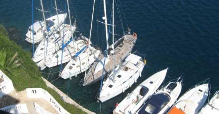 Picture Cala en Bosch: Barcos