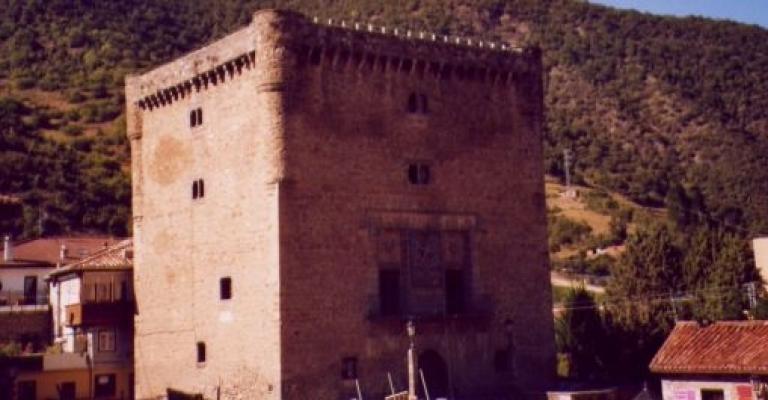 Picture Cala Ferrera: Torre del Infantado, Potes