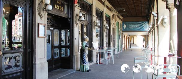 Picture Pamplona: Café Iruña