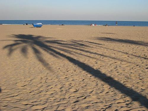 La playa de la malvarrosa tu hotel en - Hoteles en la playa de la malvarrosa ...