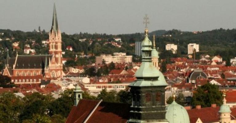 Fotografía de Graz: Catedral de Graz desde Schlossberg