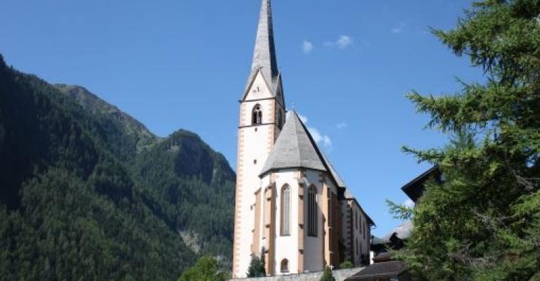 Foto von Kärnten: Iglesia de Saint Vinzenz