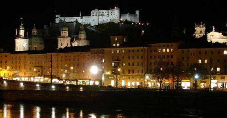 Foto von Salzburg: Vista de la fortaleza