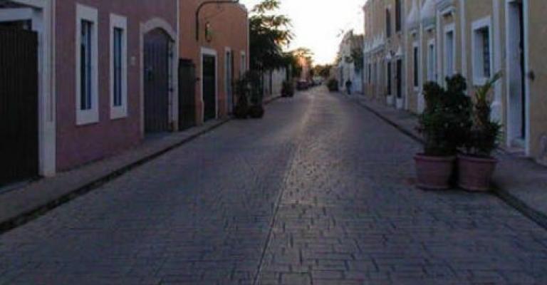 Fotografía de Yucatán: Calzada de los Frailes, Valladolid
