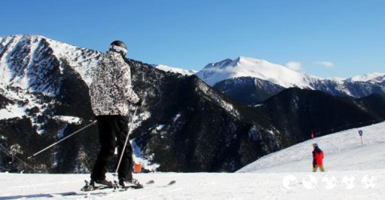Fotografía de Llorts: Esquiadores en Vallnord