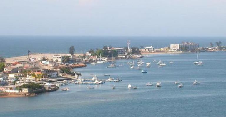 Foto von Angola: La costa de Luanda