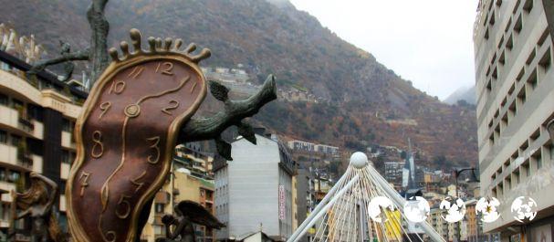Fotografía de Andorra la Vella: El reloj de Dalí